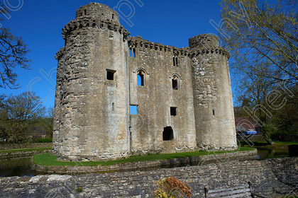 Nunney Castle 003 