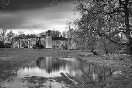 Lacock Abbey 0005bw 